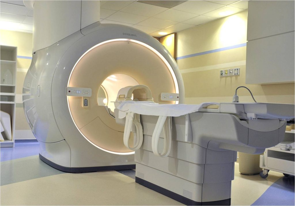 3.0テスラ MRI